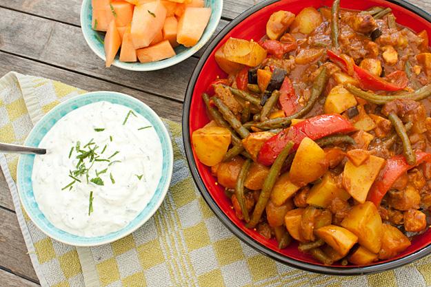 Kip curry met aardappelen en sperziebonen